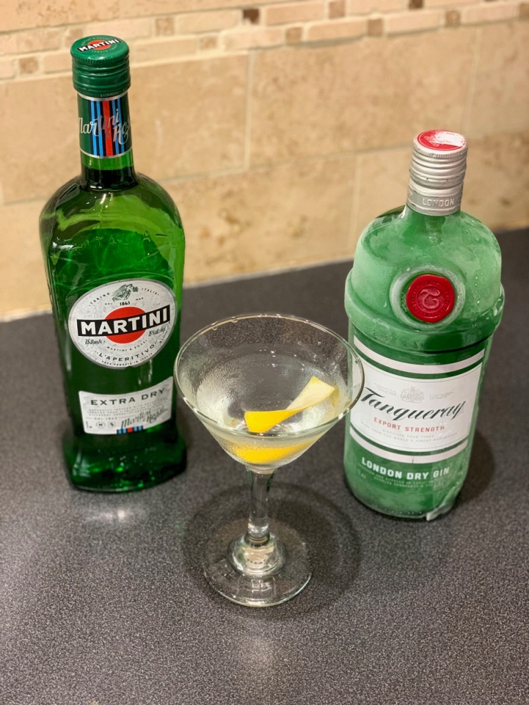 Cocktails at home - Martini